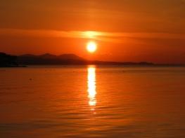 Burning sun and water (Lake Shinji, Matsue)