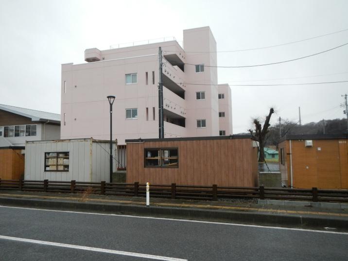Demountable buildings being used for offices/document storage (Miyako, Miyagi pref)