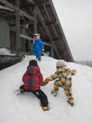 Kids playing in the snow (Parent/child camp at Kurikoma Kougen)